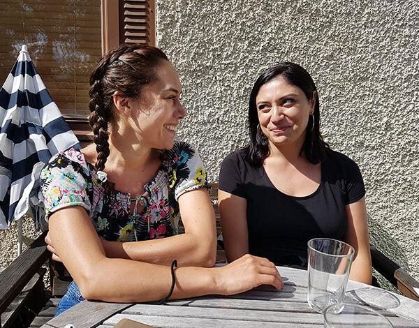 Paloma och Nabila